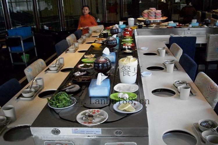 自助火锅传菜设备餐桌
