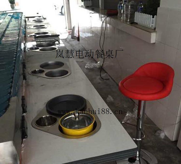 异型转转烧烤加火锅一体旋转设备机器多少钱