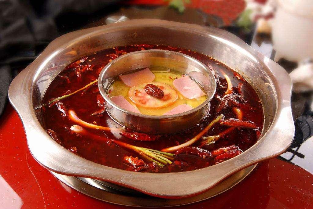 旋转火锅底料的煮法有七种